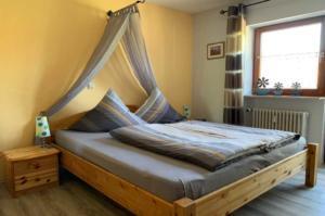 Doppelzimmer mit... | Ferienwohnung Abendsonne beim Europa-Park Rust